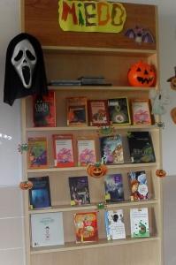Estantería, temática halloween 2014