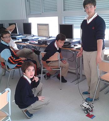 Taller de robótica colegio mayol