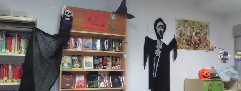 La biblioteca se disfrazara de miedo